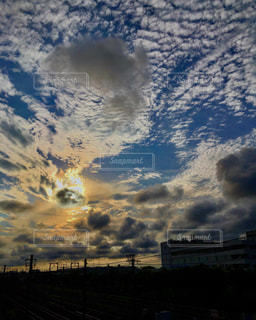 秋空夕暮れ。の写真・画像素材[1466595]