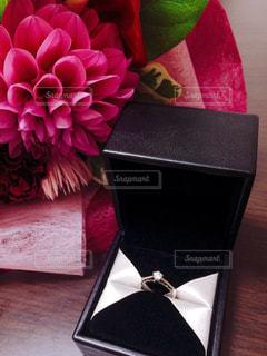 花,ピンク,花束,指輪,プレゼント,リング,ダイヤモンド,ピンク色,桃色,pink,プロポーズ,ぴんく,ダイアモンド