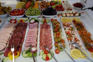 食べ物,朝食,カラフル,フルーツ,果物,野菜,ハム,料理,ドイツ,シーフード,フランクフルト,食欲,色鮮やか,バイキング,フォトジェニック
