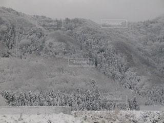 幻想的な山の雪景色の写真・画像素材[1732824]