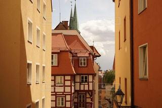 ドイツニュルンベルクのカラフルな建物風景の写真・画像素材[1842027]