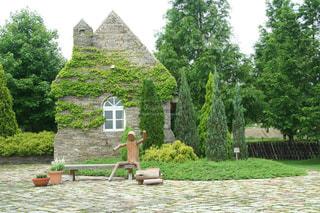 緑豊かなガーデンの写真・画像素材[3060325]