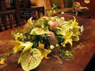 元気がもらえた黄色の花束の写真・画像素材[3095590]