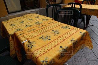 南フランスのお洒落なテーブルクロスの写真・画像素材[3107099]
