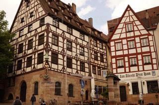 ニュルンベルクのお洒落な木組みの家の写真・画像素材[3110541]