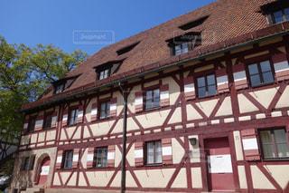 ニュルンベルクの可愛い木組みの家の写真・画像素材[3125622]