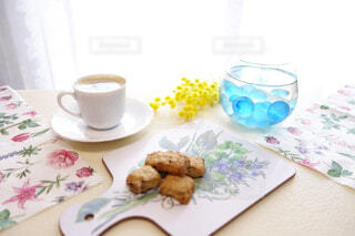 おうちカフェでリラックスタイムの写真・画像素材[4317502]
