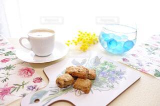 春のおうちカフェでリラックスの写真・画像素材[4317512]