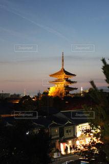 夜の街の景色の写真・画像素材[1667151]