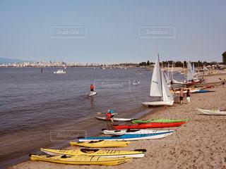 空,砂,ビーチ,ボート,砂浜,水面,海岸,たくさん,ヨット,カナダ,バンクーバー,日中