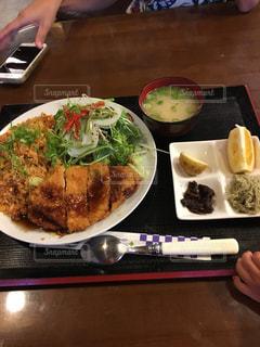 ランチ,定食,安い,多い,昼ご飯