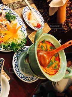 女性,東京,タイ料理,トムヤムクン