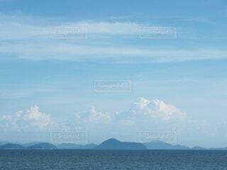 瀬戸内海の夏の青空の写真・画像素材[4662053]