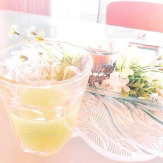 オレンジ ジュースのガラスの写真・画像素材[1853805]