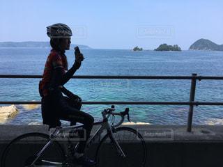 海とロードバイクの写真・画像素材[1520009]