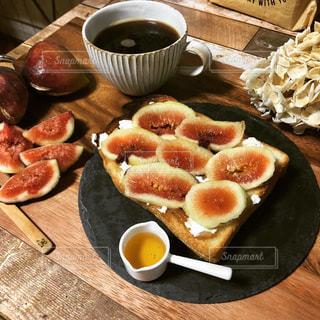 朝食,テーブル,器,コーヒータイム,おうちカフェ,無花果,食欲の秋,無花果トースト