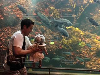 魚,水族館,赤ちゃん,パパ,娘,お父さん,父の日,いつもありがとう,親子デート
