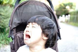 泣き顔の男の子の写真・画像素材[1788655]