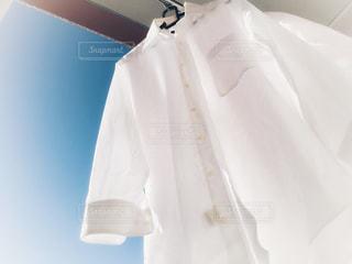 秋,白,青空,晴天,青,日常,爽やか,ワイシャツ,未来,物干し竿,洗濯,家事,洗濯物,毎日,普通,お洗濯