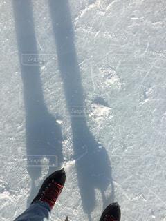 冬,屋外,影,氷,光,寒い,冷たい,函館,デニム,シャドー,はじめて,シャドウ,スケート,スケート靴,初心者,氷上,リンク