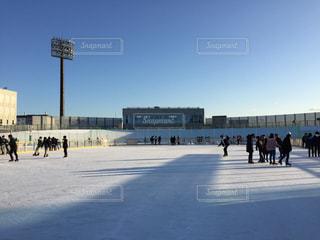 冬,群衆,屋外,青空,北海道,氷,人々,寒い,冷たい,函館,スケート,氷上,リンク
