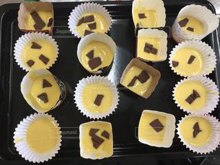 プレゼント,デザート,カップケーキ,チョコレート,バレンタイン,チョコ,手作り,整列,並ぶ,生地,ギフト,複数,インスタ,板チョコ,途中,天板,インスタ映え,様々