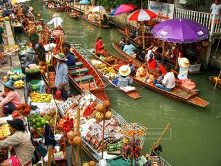 食べ物,カラフル,水,川,果物,旅行,店,人々,タイ,マーケット,海外旅行,運河,水上,複数,水上マーケット,販売,活気,鮮やかな