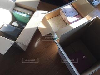 片付け 引っ越し 荷物の写真・画像素材[3331708]