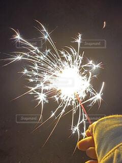 手持ち花火の写真・画像素材[3656057]