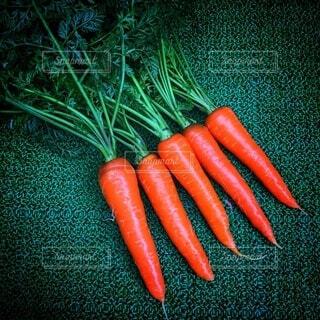 食べ物,緑,オレンジ,野菜,可愛い,食品,収穫,食材,採れたて,フレッシュ,ベジタブル,ニンジン,赤ちゃんニンジン