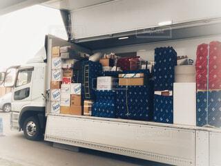 引越し荷物を入れたトラックの写真・画像素材[4259221]