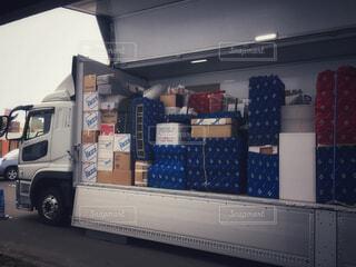 引越し荷物を入れたトラックの写真・画像素材[4259219]