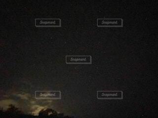 北斗七星のある夜空の写真・画像素材[4752314]