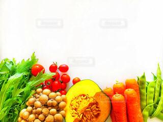 新鮮なたくさんの野菜の写真・画像素材[4852457]