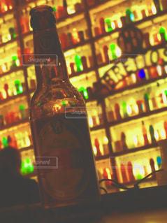 クローズ ボトルのアップの写真・画像素材[1537464]