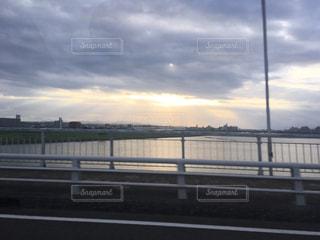 空,太陽,夕焼け,川,神秘的,宮崎,後光,大淀川