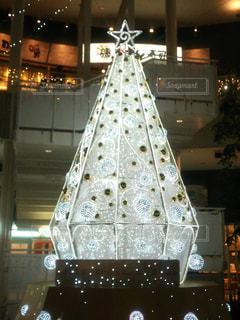 白,イルミネーション,クリスマス,ツリー,クリスマスツリー,ホワイト,ホワイトクリスマス,インスタ映え