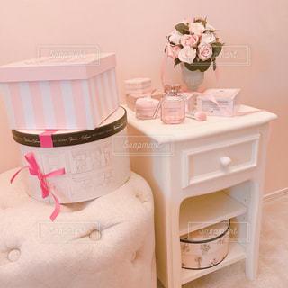 ピンクと白のケーキの写真・画像素材[1477015]