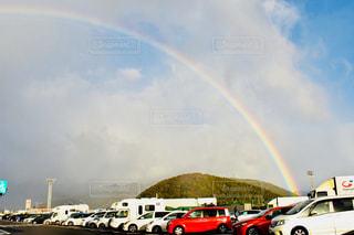 空の虹の写真・画像素材[2507946]