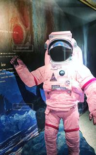 屋内,ピンク,かわいい,人物,ポーズ,宇宙,pink,探索,ロマン,宇宙飛行士