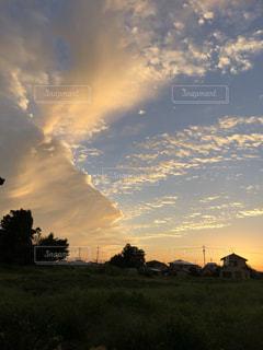 自然,空,秋,夕日,太陽,雲,青,夕焼け,美しい,サンセット,お散歩,秋空,日暮れ,スカイ,美,オータム,今空