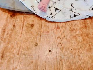 掃除 赤ちゃん 手 片付け すべすべ  消毒 オムツの写真・画像素材[1532664]