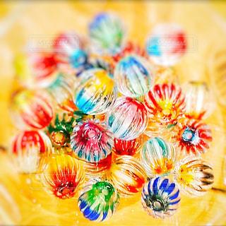 色とりどりの花のグループの写真・画像素材[1549029]