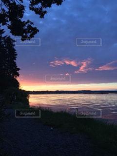 沈む夕日の写真・画像素材[1869265]