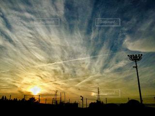 空,雲,飛行機雲,グラウンド,秋空,運動公園