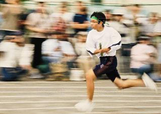 スポーツ,走る,人物,人,学校,疾走,中学生,運動,若者,校庭,男の子,運動会,応援,リレー,全力疾走,学校生活