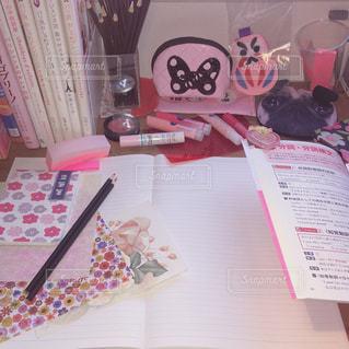 ピンク,勉強,pink,雑然,勉強机,受験生