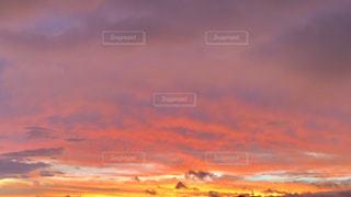 風景,空,秋,太陽,雲,夕焼け,鮮やか,秋空,no people