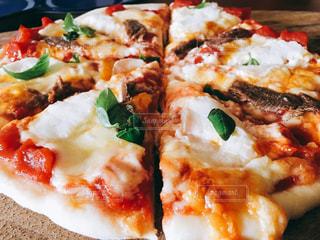 ランチ,緑,赤,手作り,バジル,PIZZA,ピザ