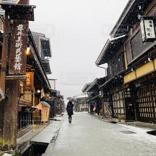 冬,雪,後ろ姿,古民家,古い町並み,雪国